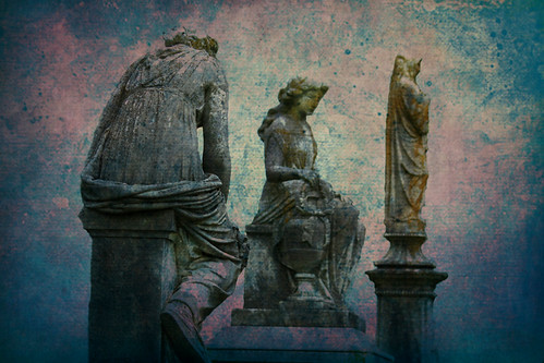 halloween monument cemetery grave graveyard statue dead death sadness scary sad mourning tennessee headstone tomb gothic goth columbia eerie graves creepy spooky funeral horror statuary sorrow crypt boneyard mourn fright rosehillcemetery frightening frightful mournful gravemarker gravemonument buriel victoriancemetery victoriangardencemetery
