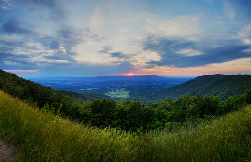 blue sunset red sky sun mountains green nature colors grass yellow skyline clouds virginia stitch maryland panoramic hills westvirginia potomac shenandoah hdr shenandoahriver skylinedrive phtoshop shenandoahnationalpark cs5 flickraward flickraward5