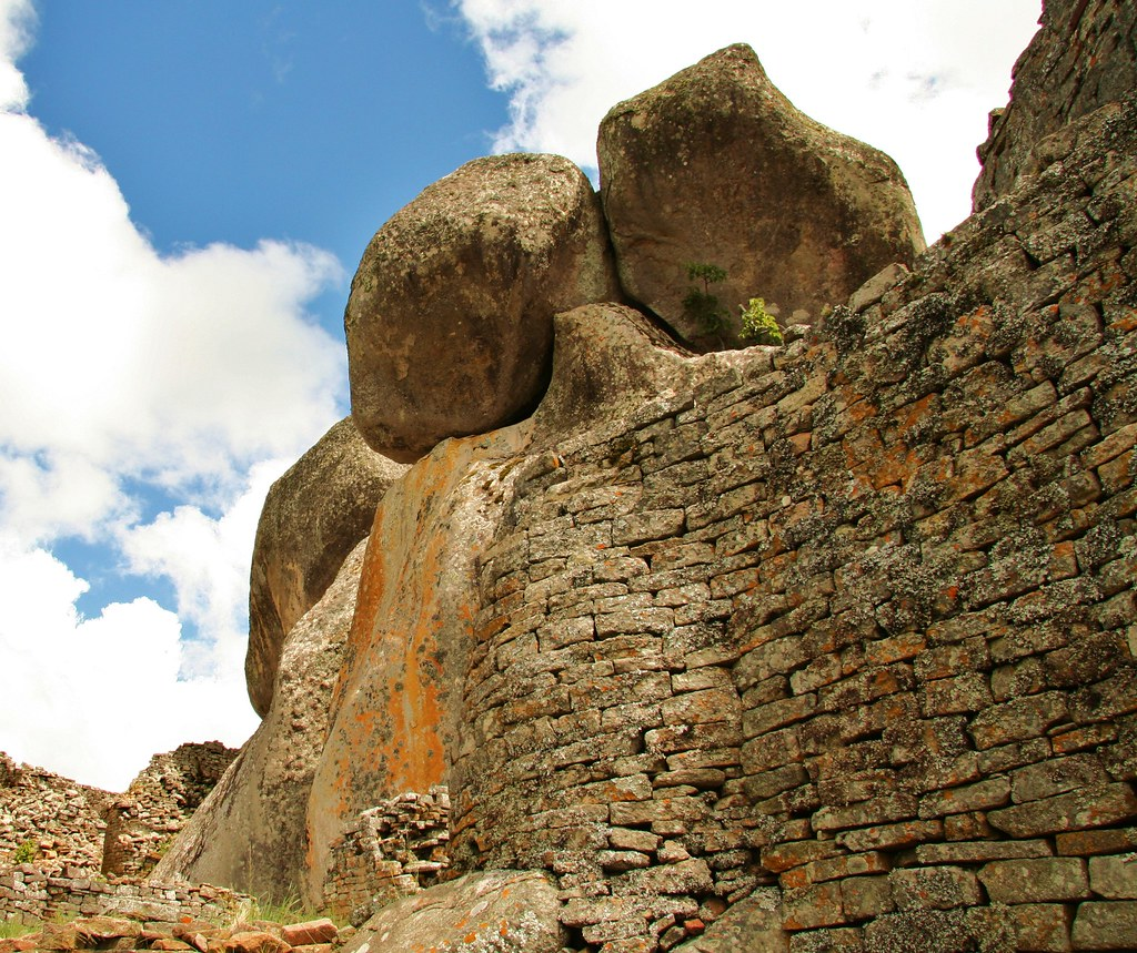 The walls with rocks