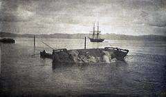 Fylling av Trondhjems havneområde / Dumping of stone mass in the Port of Trondhjem (ca. 1915)