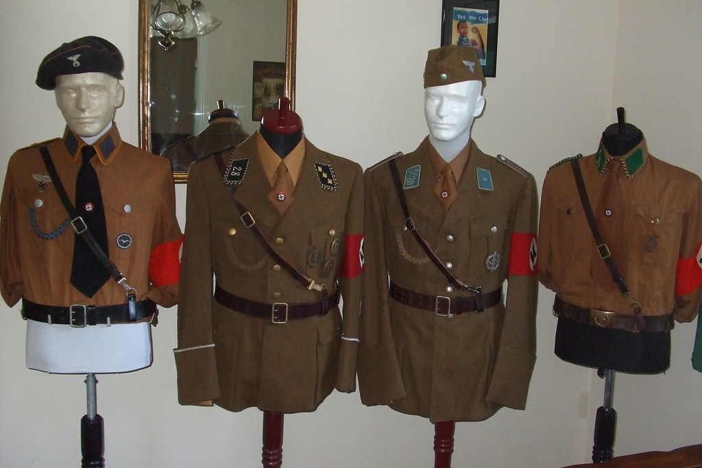 BROWN UNIFORM Collection