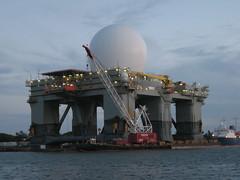 crane vessel (floating), vehicle, transport, ship, semi-submersible, watercraft,