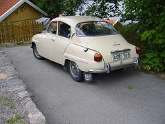 automobile, family car, vehicle, antique car, sedan, classic car, saab 96, land vehicle,