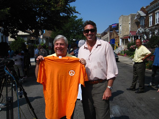 Brooklyn Borough President Marty Markowitz gets a gift from the Greenest Storefront winner, Burrito Bar at 307 Flatbush Avenue.