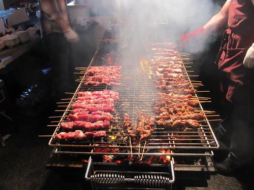 烤肉會釋放出致畸性化學物質。(圖:Loozrboy。)