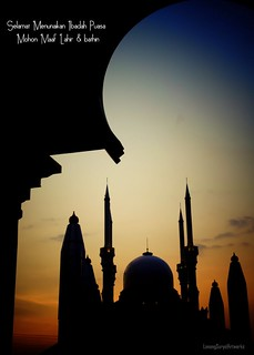Semarang  943b