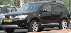 automobile, automotive exterior, sport utility vehicle, vehicle, compact sport utility vehicle, mitsubishi outlander, crossover suv, mitsubishi, land vehicle,