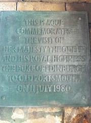 Photo of Elizabeth II and Philip bronze plaque