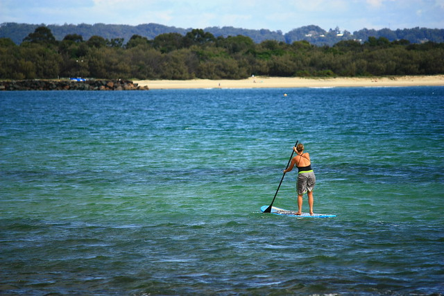 Stand up paddle-surfer, Noosa