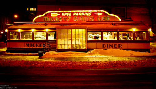 winter snow minnesota night cafe stpaul diner diningcar mickeysdiner
