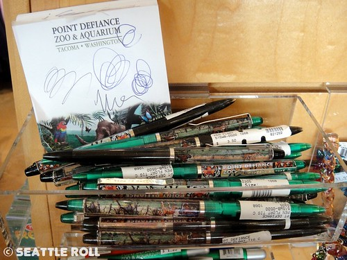 Point Defiance Zoo & Aquarium Floaty Pens
