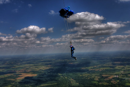 sky skydiving flying great photographers skydiver parachute photomatix hdraddicted hdrps zensationalworld