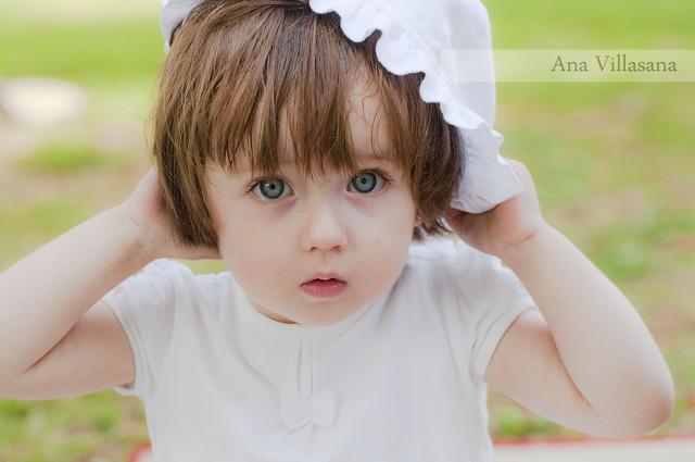 可爱孩子的相片