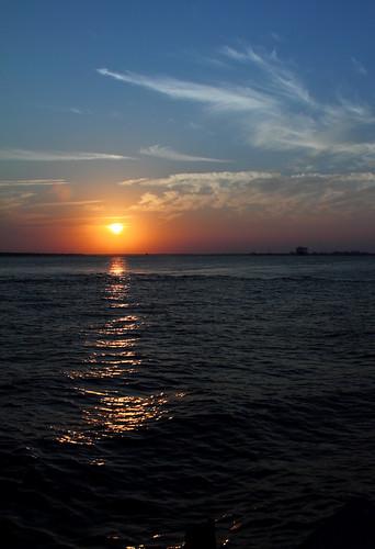 sunset sky sun beach water evening skies dusk southcarolina monte sullivansisland mysky myskies mdggraphix
