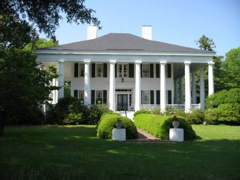 The columns plantation house flickr photo sharing for Plantation columns