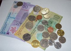 money handling, cash, paper, money, coin, currency, banknote,