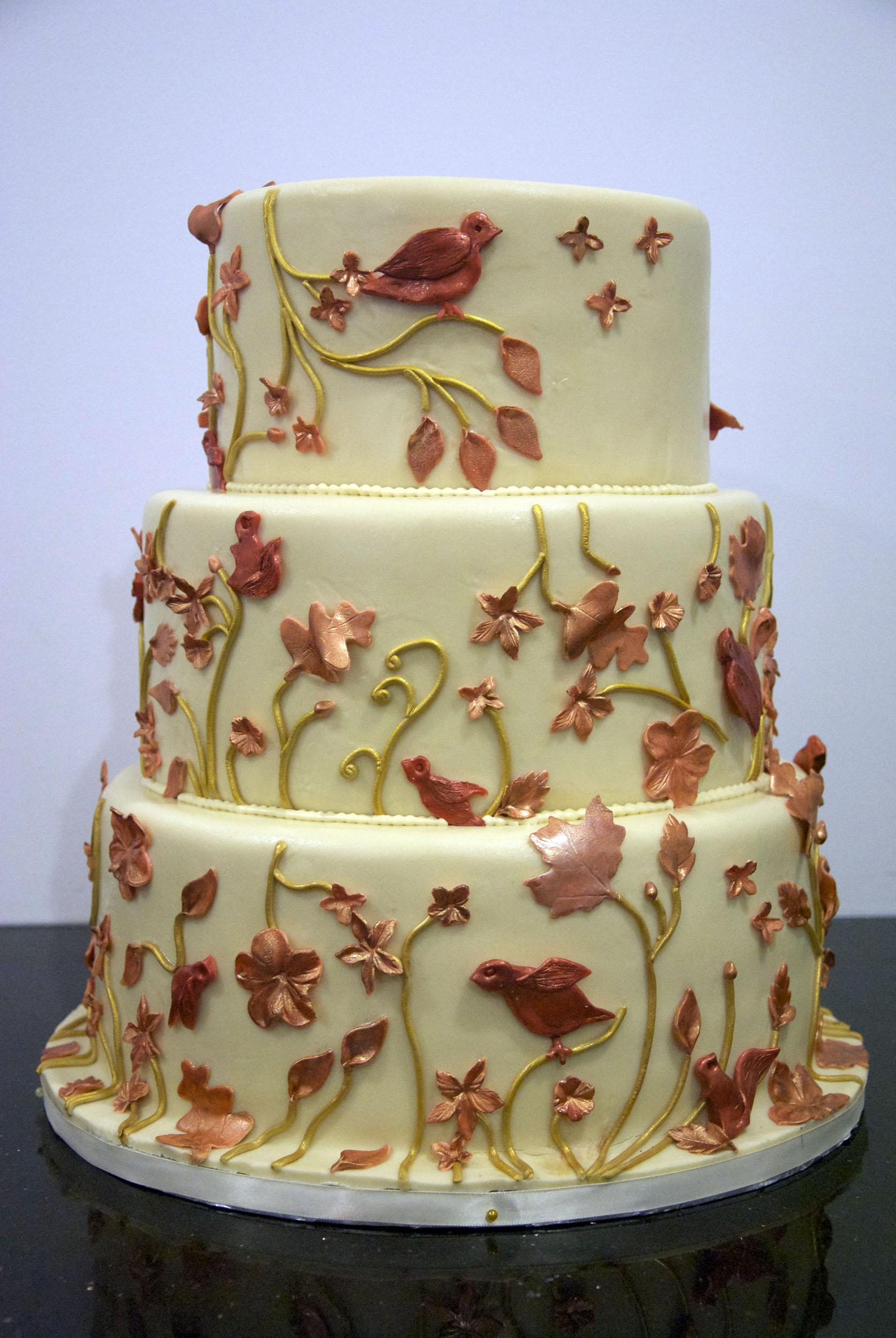 W9080 fall leaf wedding cake