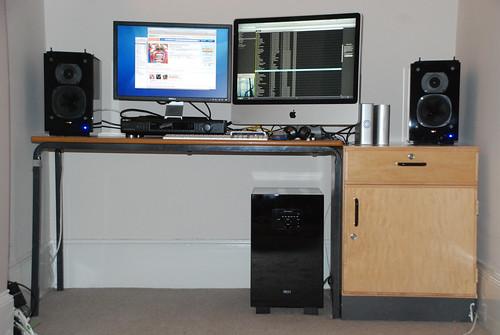 """lite imac quad icon analogue avr audioquest """"digital industrial"""" 11l """"quad 300"""" active"""" 12l2"""" subwoofer"""" """"arcam """"nuforce speakers""""""""quad iag""""quad qpm1""""""""quad satellite""""""""quad hdp""""dac converter""""audiophilehifi"""