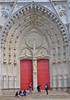 <p>Kathedralentür in Nantes, Frankreich<br /> _____<br /> The door of a cathedral in Nantes, France</p>