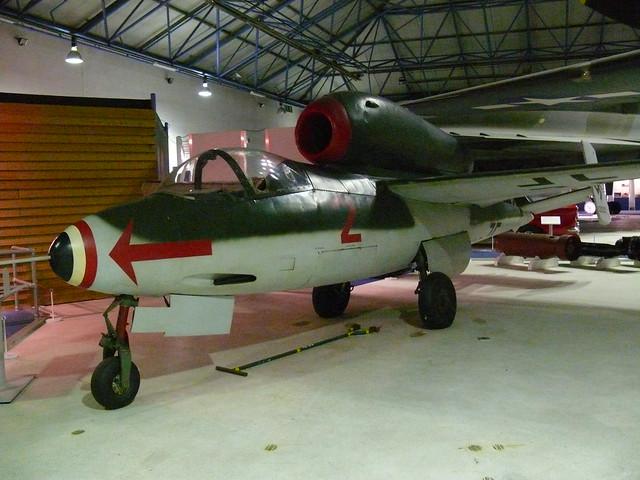 Heinkel He 162 ('Volksjäger')