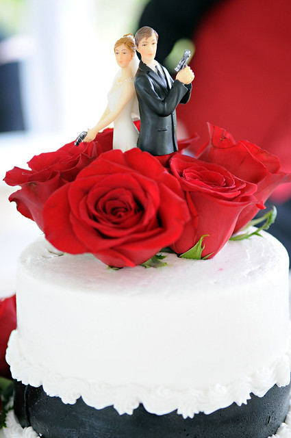 Bonnie & Clyde Stop in for a Wedding at Viva Las VegasViva ... |Bonnie And Clyde Cakes