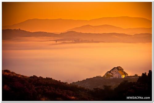 california morning light house mountain mountains fog clouds sunrise seth still low balloon calm views esther temecula warmglow 70200mmf4 nowind 5dm2