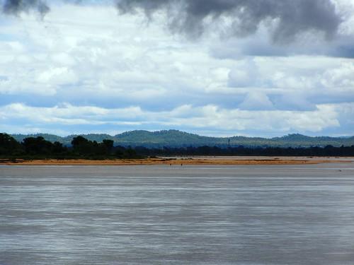 river tawa satpudamountainrange