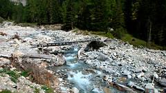 Holzbrücke über den Bach La Brancla