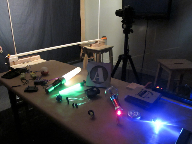 Light Play: light sources table and general setup