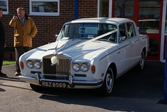 automobile, rolls-royce, family car, vehicle, rolls-royce silver shadow, automotive design, antique car, sedan, classic car, vintage car, land vehicle, luxury vehicle, motor vehicle,