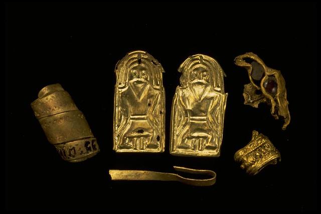 16385 Gold Leafs Guldgubbar for offering to the Gods Bolmsö Håringe Sweden