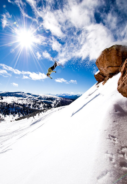 skier-flipping-off-cliff