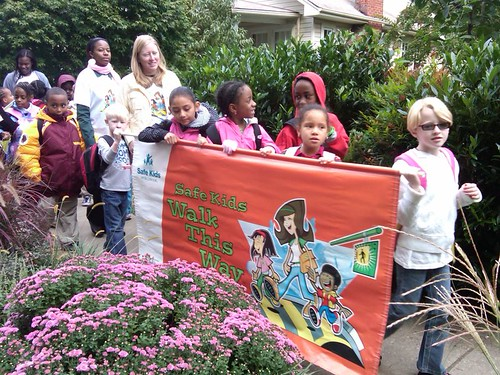 Walk to School Day, Silver Spring, MD (courtesy of US DOT)