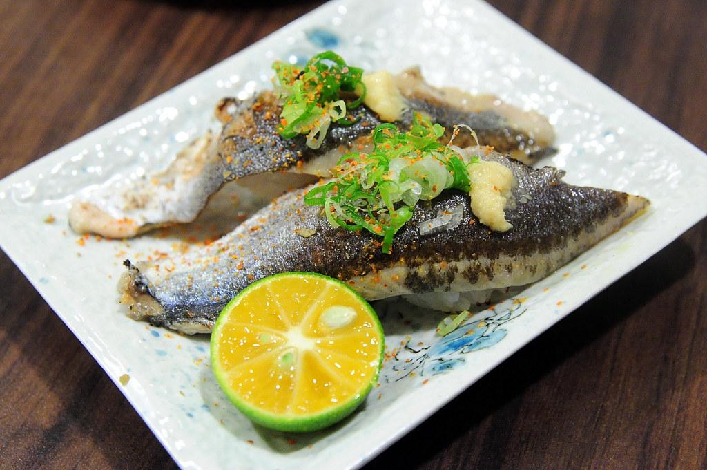 竹壽司-秋刀魚握壽司