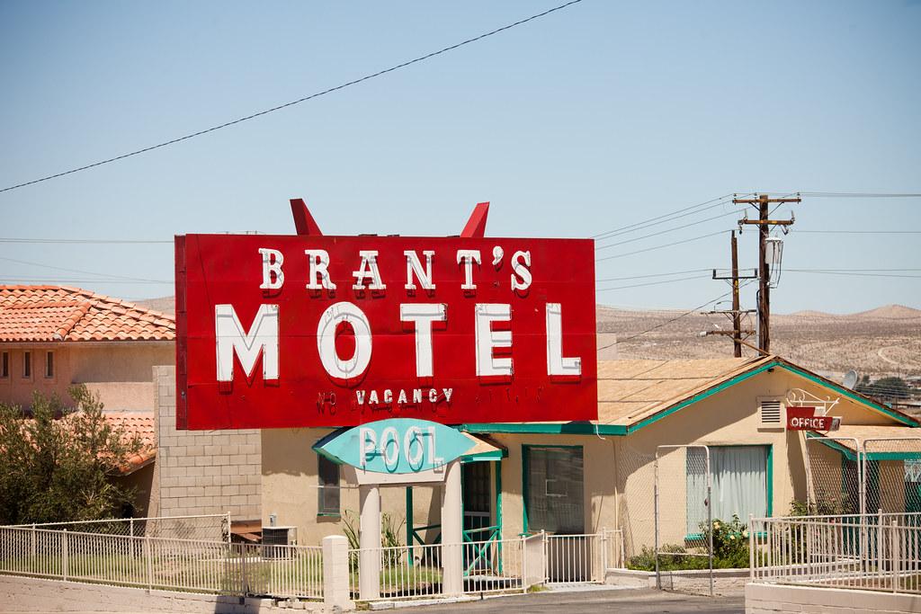 Brant's Motel, Plate 3