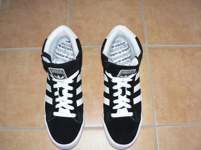 Adidas Vulc Mid Shoes