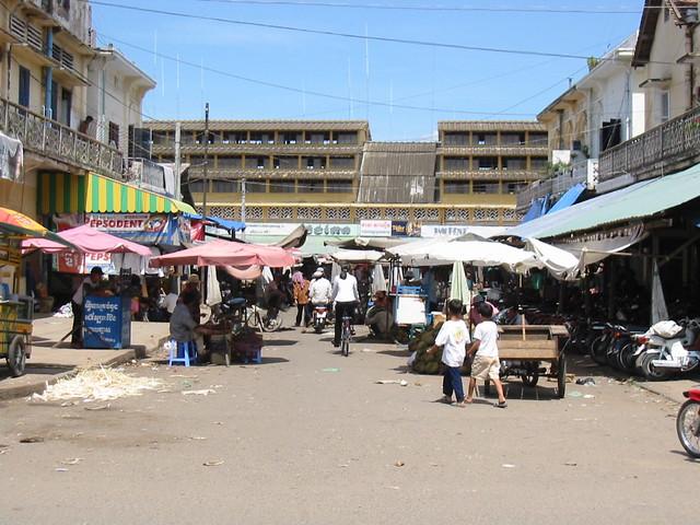 Street Off The Market, Kampong Cham