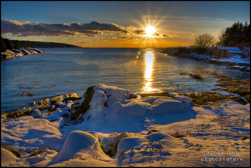 autumn sunset sea sun mer snow canada fall beach nature automne river landscape soleil exterior 63 shore québec coastline neige 300 paysage 10000 extérieur plage hdr bsl coucherdesoleil cabane fleuve 390 stlawrenceriver rivage rivièreduloup 12000 fleuvesaintlaurent littoral fleuvestlaurent bassaintlaurent 12956 cacouna hdrtonemapped
