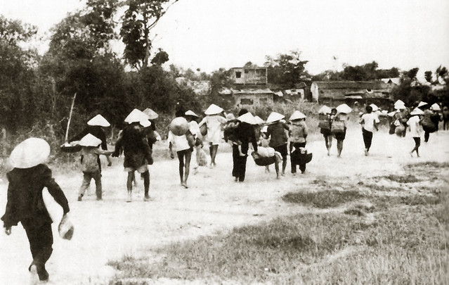 South Vietnamese civilians flee from the fighting in Quảng Trị Province