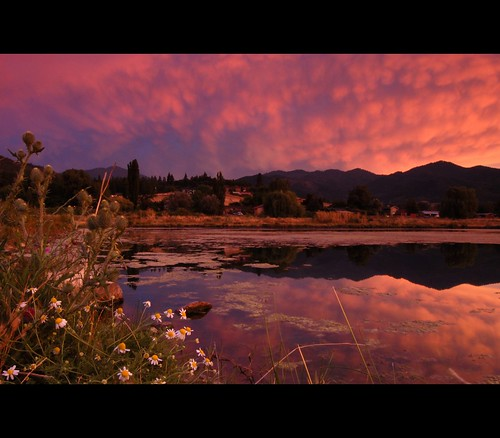 sunset oregon landscape pond july talent daisy siskiyou mammatus roguevalley bullthistle wagnerbutte andersonbutte oregonthunderstorms