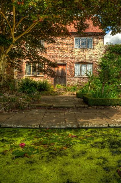 Little House in Penshurst Place
