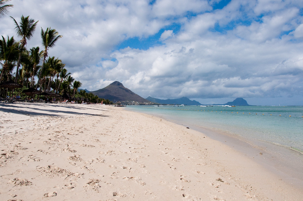 What to do in Mauritius - Relax at the beach