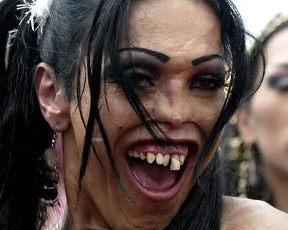 Bilderesultat for ugly woman