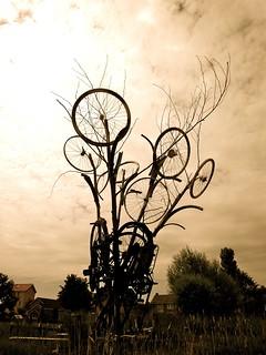 Image of De Graanhalm. art netherlands bicycle cycling kunst nederland august zeeland fietsen augustus schouwen 2010 haamstede schouwenduiveland westerschouwen burghhaamstede zeelandprovince provinciezeeland