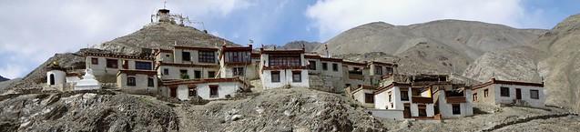 lamayuru gompa monastery