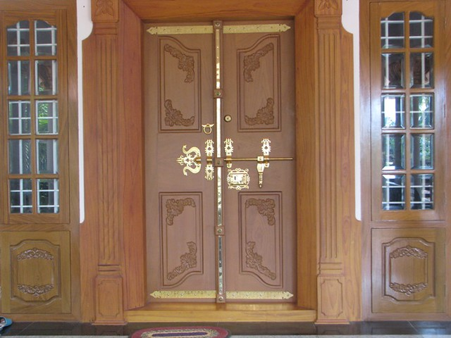 Kerala traditional main doors joy studio design gallery for Traditional main door design