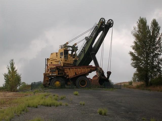 giant excavator - photo #22