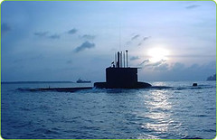 submarine, ship, watercraft,