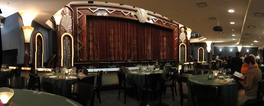 Tango dinner show