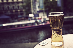 Pint on the canals.